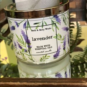 COPY - NEW BBW 3 WICK LAVENDER CANDLE